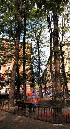 Torino - Largo Montebello - giardino